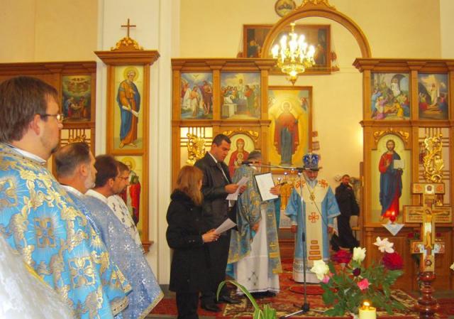 Вінницькій парохії подарували мощі св